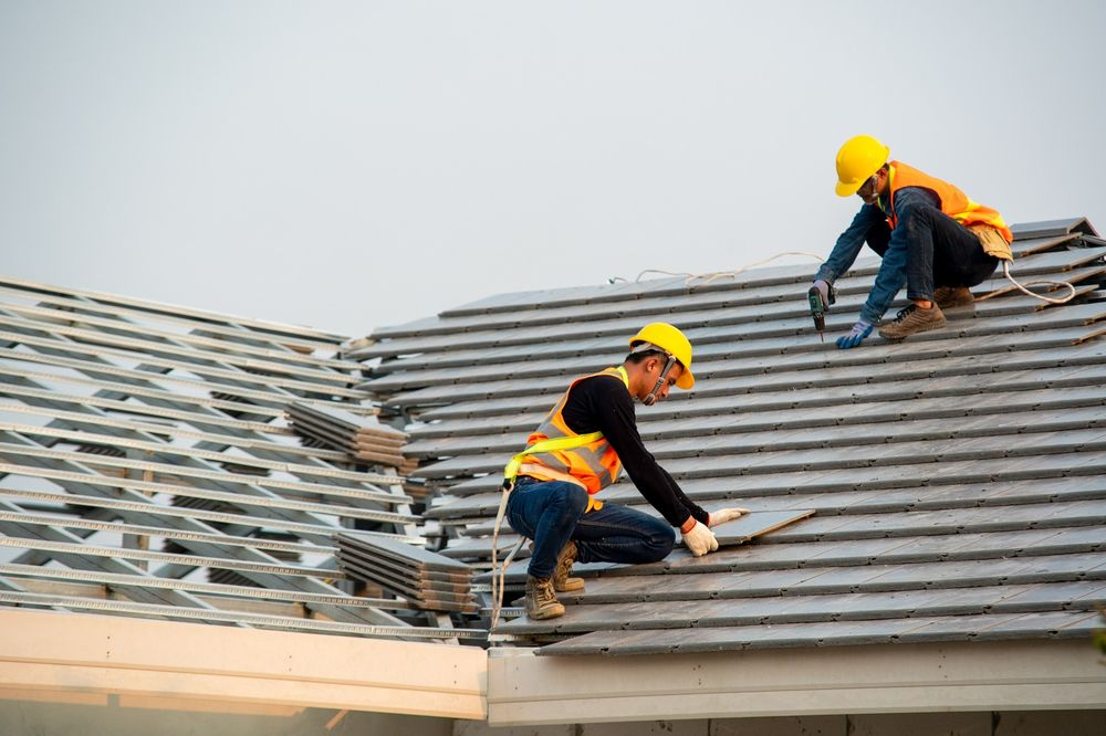 Expert Roofing Contractors doing roof installation in Lake County